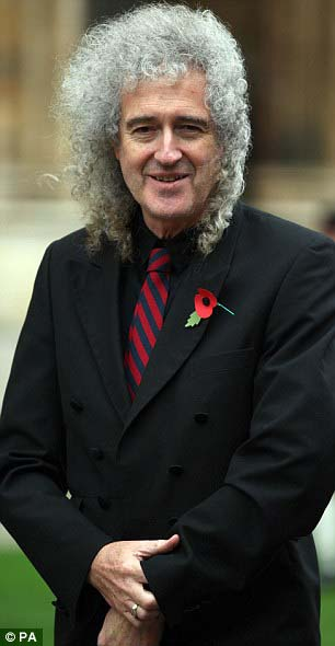 http://www.brianmay.com/brian/briannews/newspix/11/BrianMay_JonEgging_Memorial_Service_article-2055784-0E9D111600000578-532_306x590.jpg