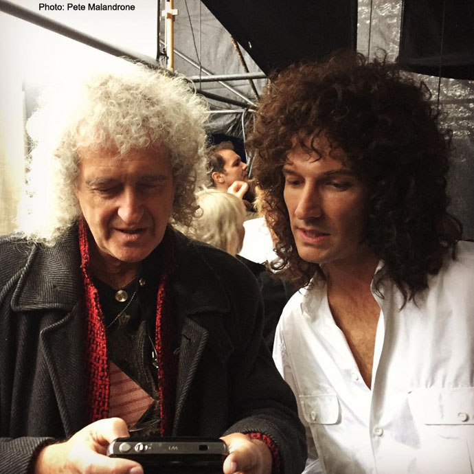 Queen - Page 3 Bri_and_Gwilym_look_at_Bris_camera_by_Pete_Malandrone_690x690