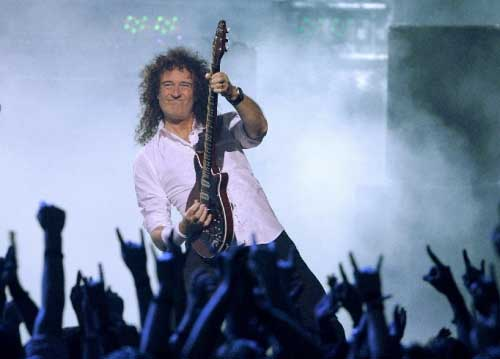 Brian May of rock group Queen performs during the VH1 Rock Honors concert  in. Las Vegas on Thursday 627e91fcd