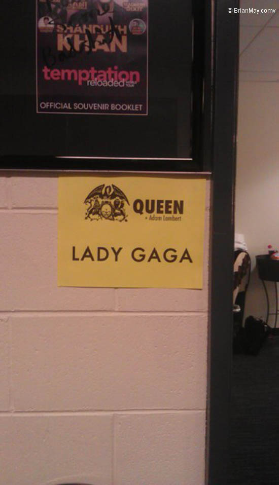 Lady Gaga Dressing room 27 August 2014